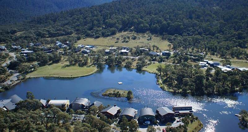 Lake Crackenback Resort and Spa slide 1
